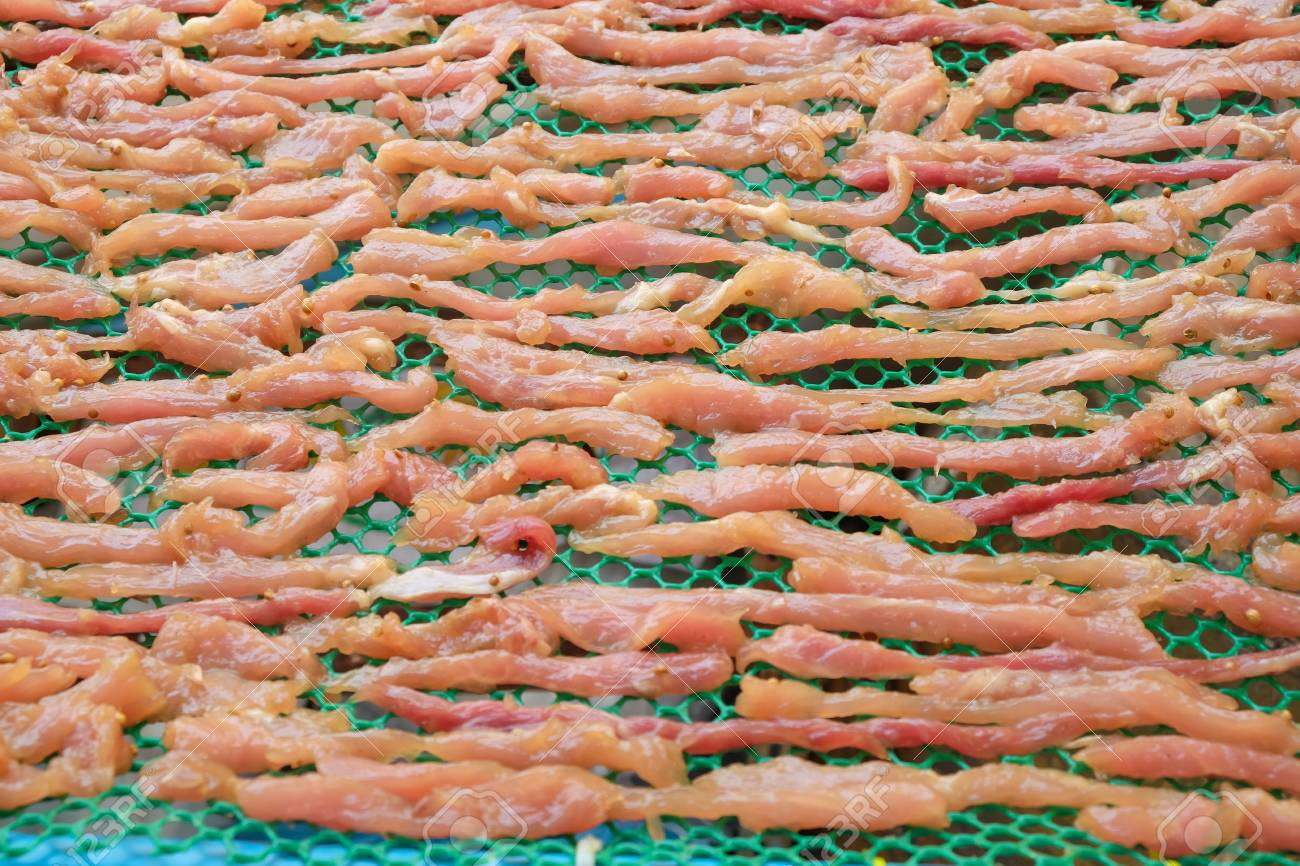 meat on drying in the sun Standard-Bild - 46785372