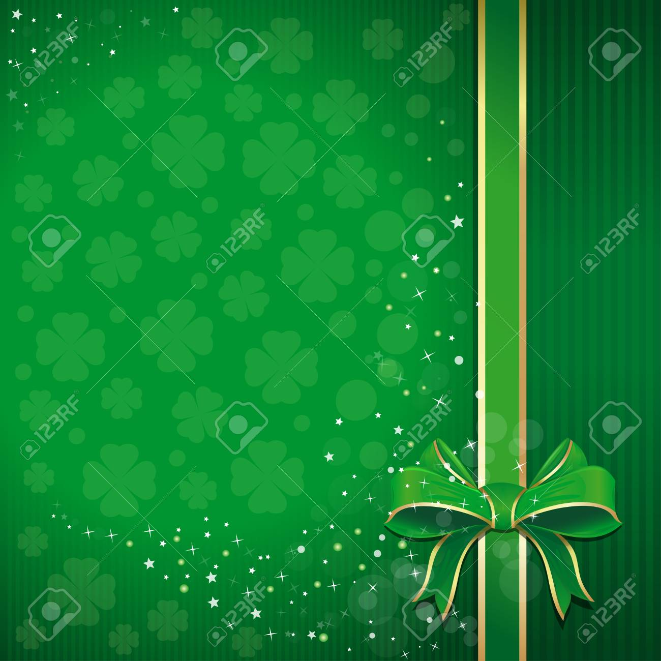 Green Clovers Bow