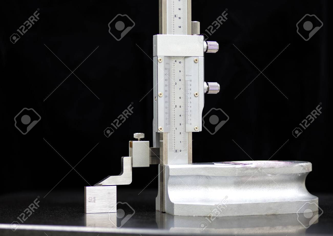 Calibration vernier high gauge with gauge block