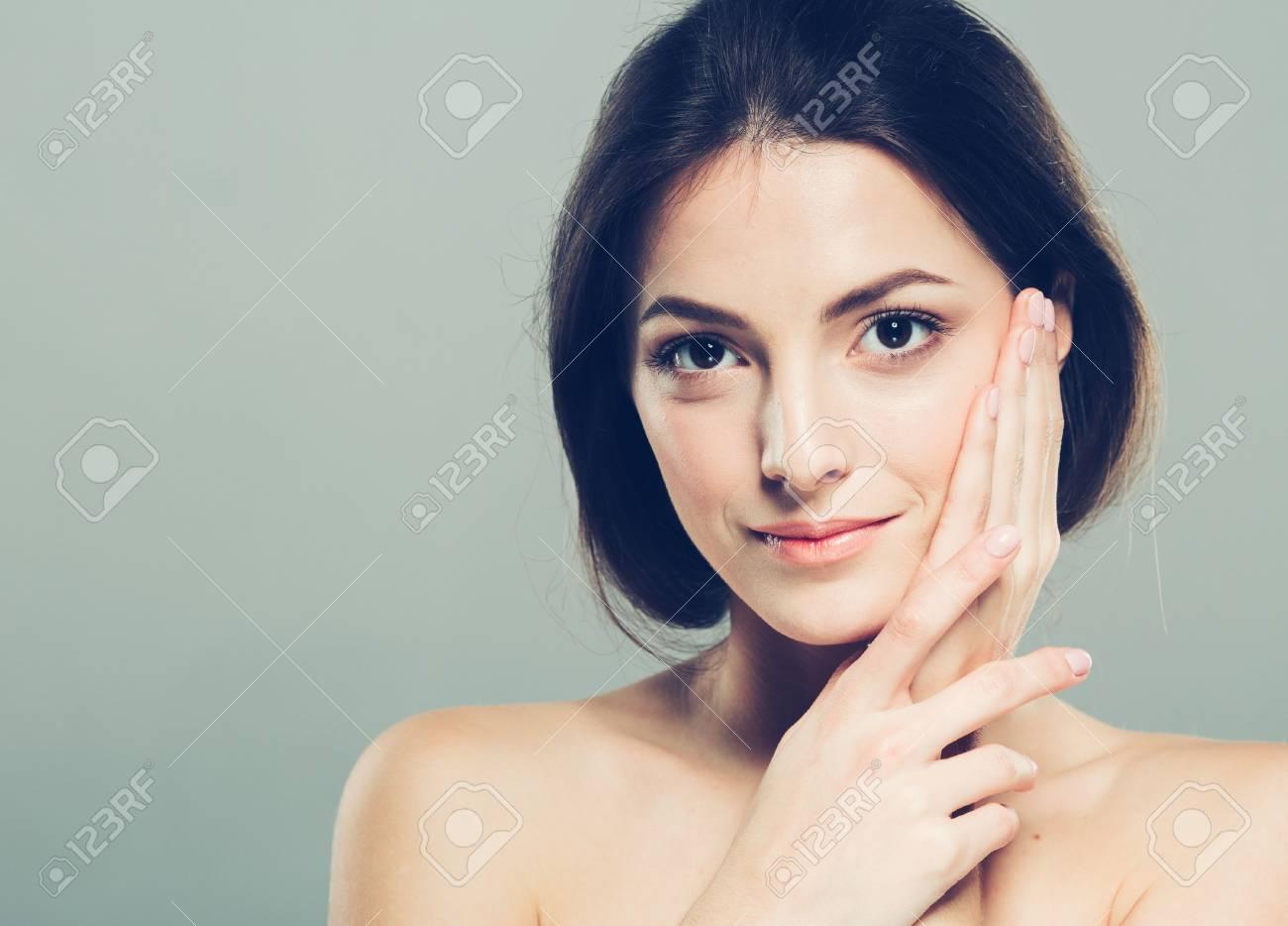 Beauty Woman face Portrait. - 62414027
