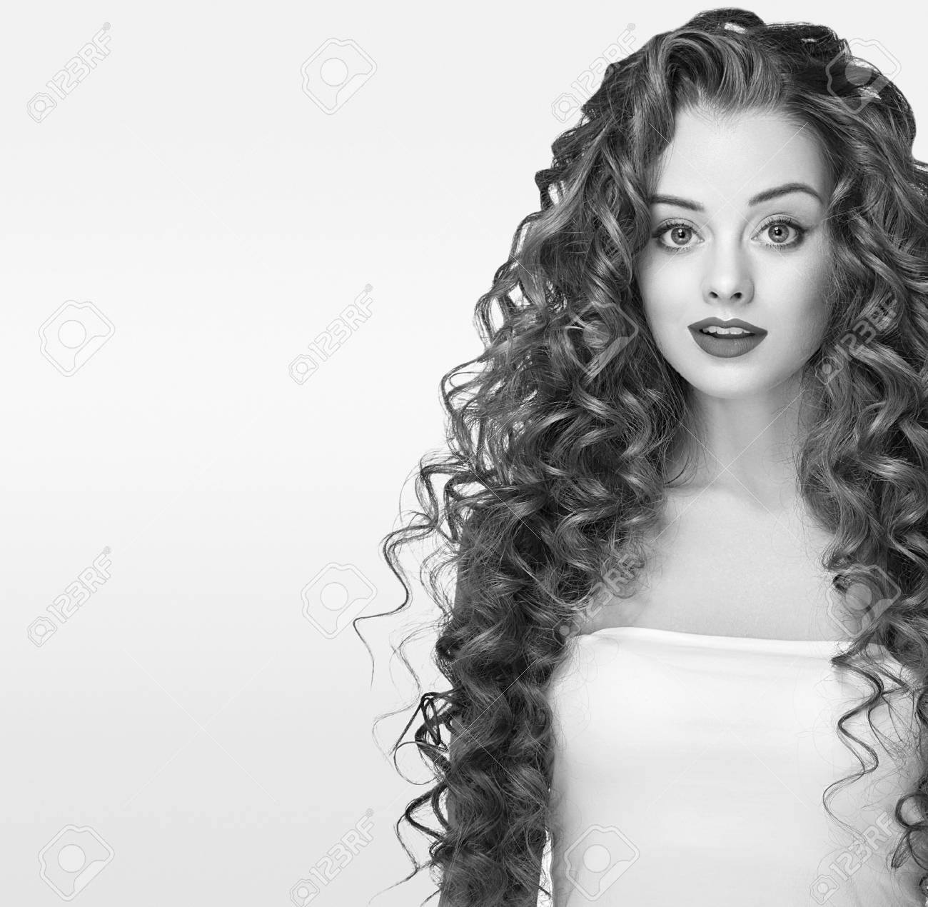 Beautiful People Woman Curly Hair Fashion Girl With Healthy