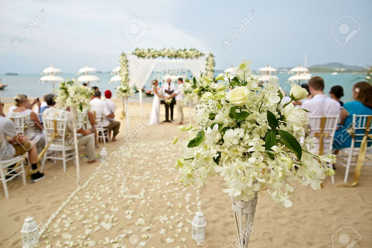 soft focus of beautiful flower decoration in the beach wedding ceremony - 43327161