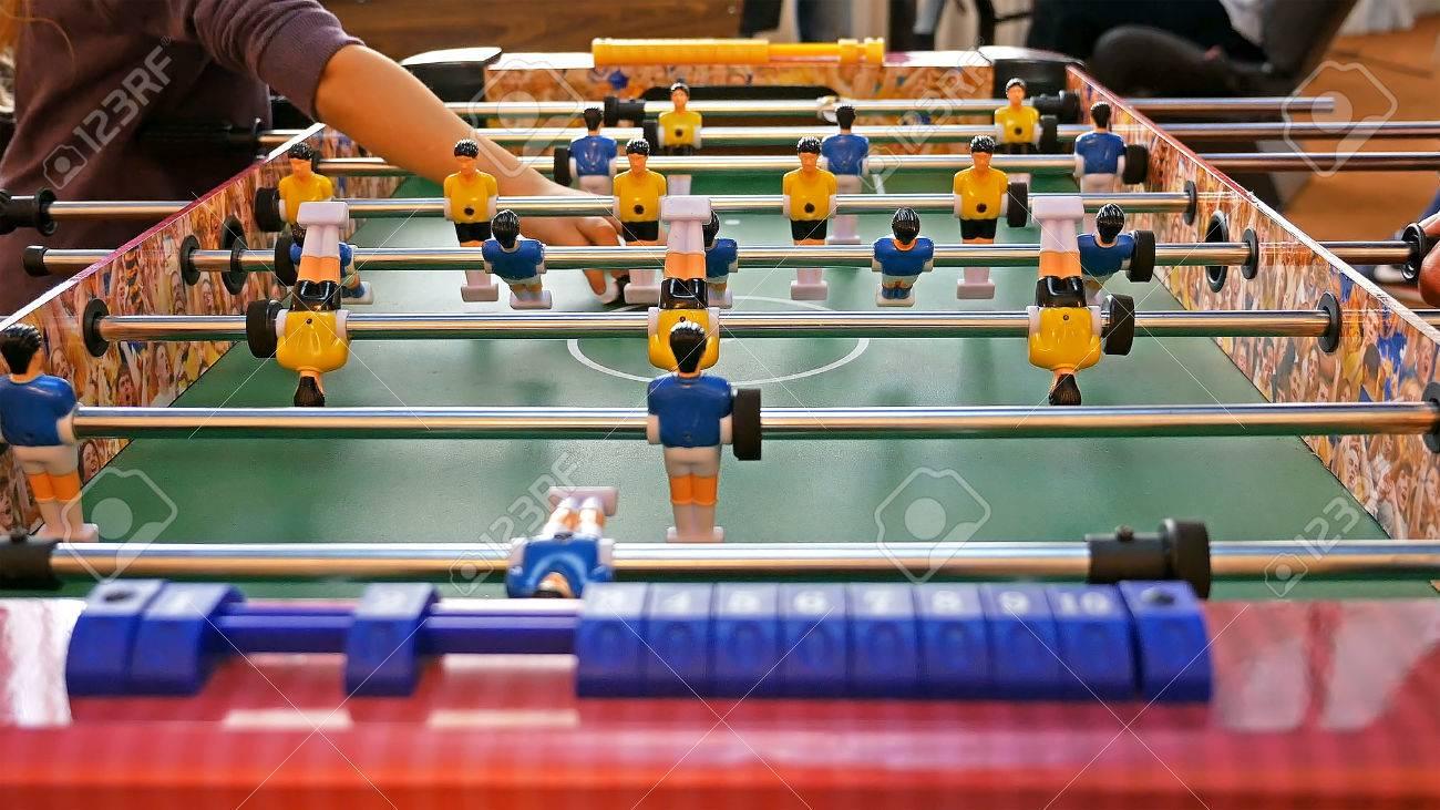 abbc2d459608e7 Père Et Jeu D enfant Table De Kicker De Football Soccer. Jeu Baby ...