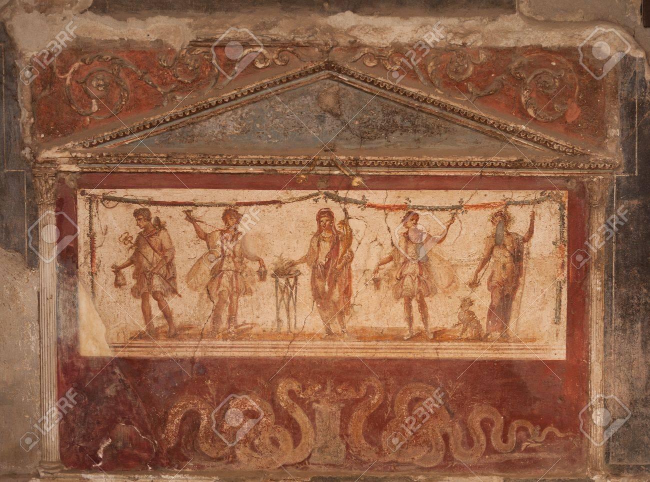 Ancient fresco found in Pompeii city Stock Photo - 15319610