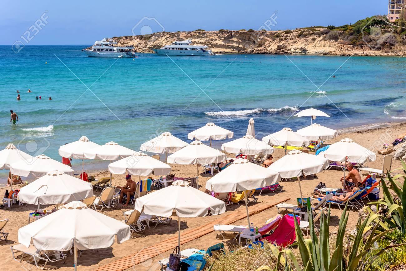 24 TouristesChaises PaphosChypre Et 2016Les Juillet Longues N80nwm