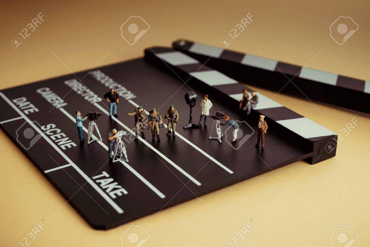 Film crew making epic war movie - 150716453
