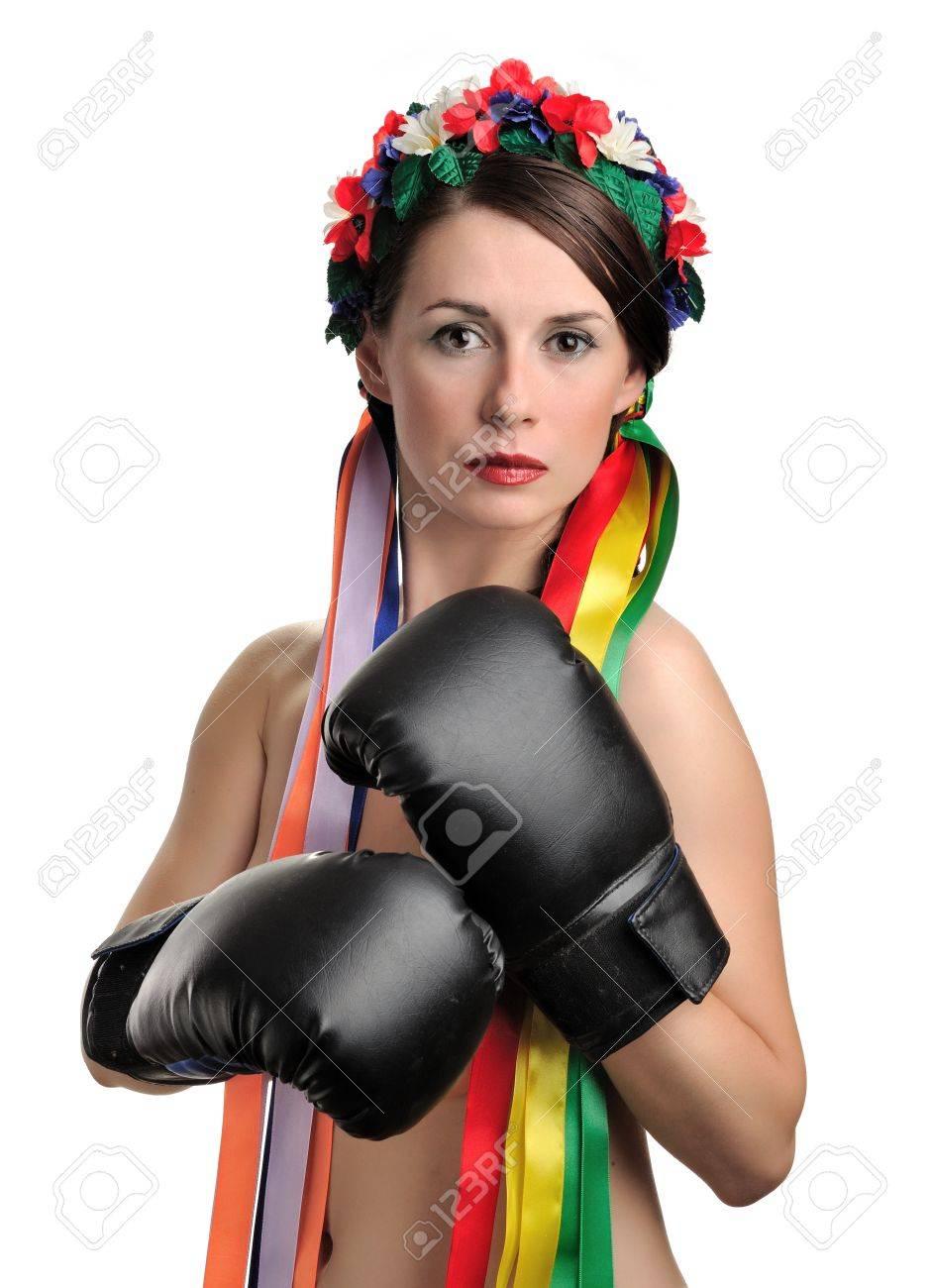 girls-topless-boxing-girl-pics-video