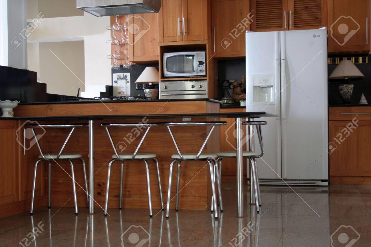 Indoor House - Luxury Kitchen Stock Photo - 557592