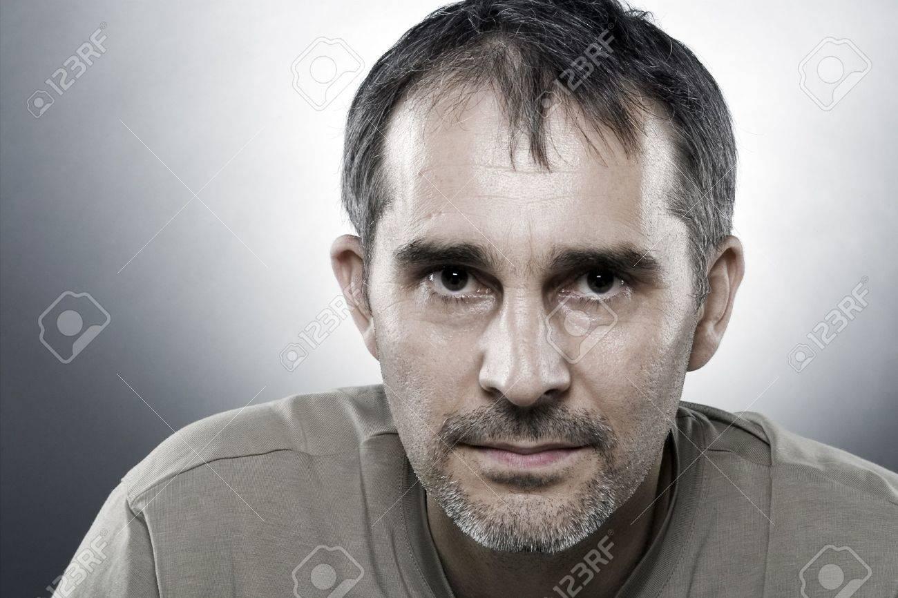 CARTEL : Mexican NarcoFiction 1164352-Un-portrait-de-40-ans-homme--Banque-d'images