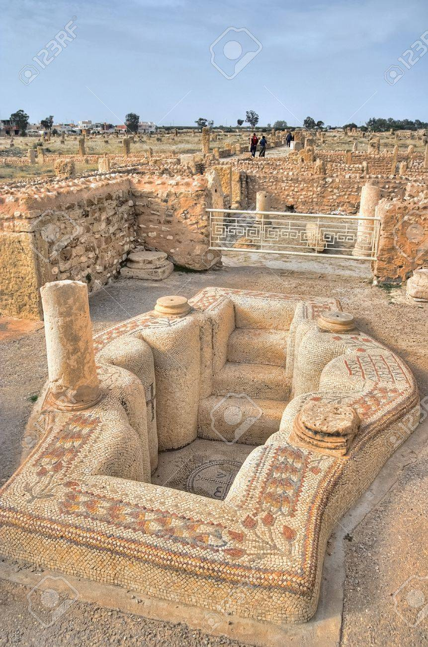 """Résultat de recherche d'images pour """"church ruins tunisia"""""""