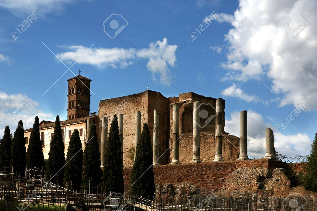ancient rome Stock Photo - 9424528