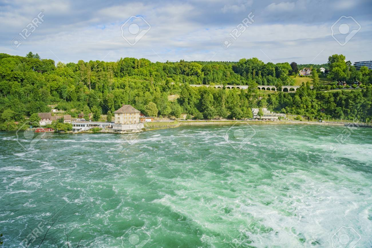 Waterval Rijn Zwitserland.De Grootste Waterval Rijn Valt In Europa Zurich Zwitserland