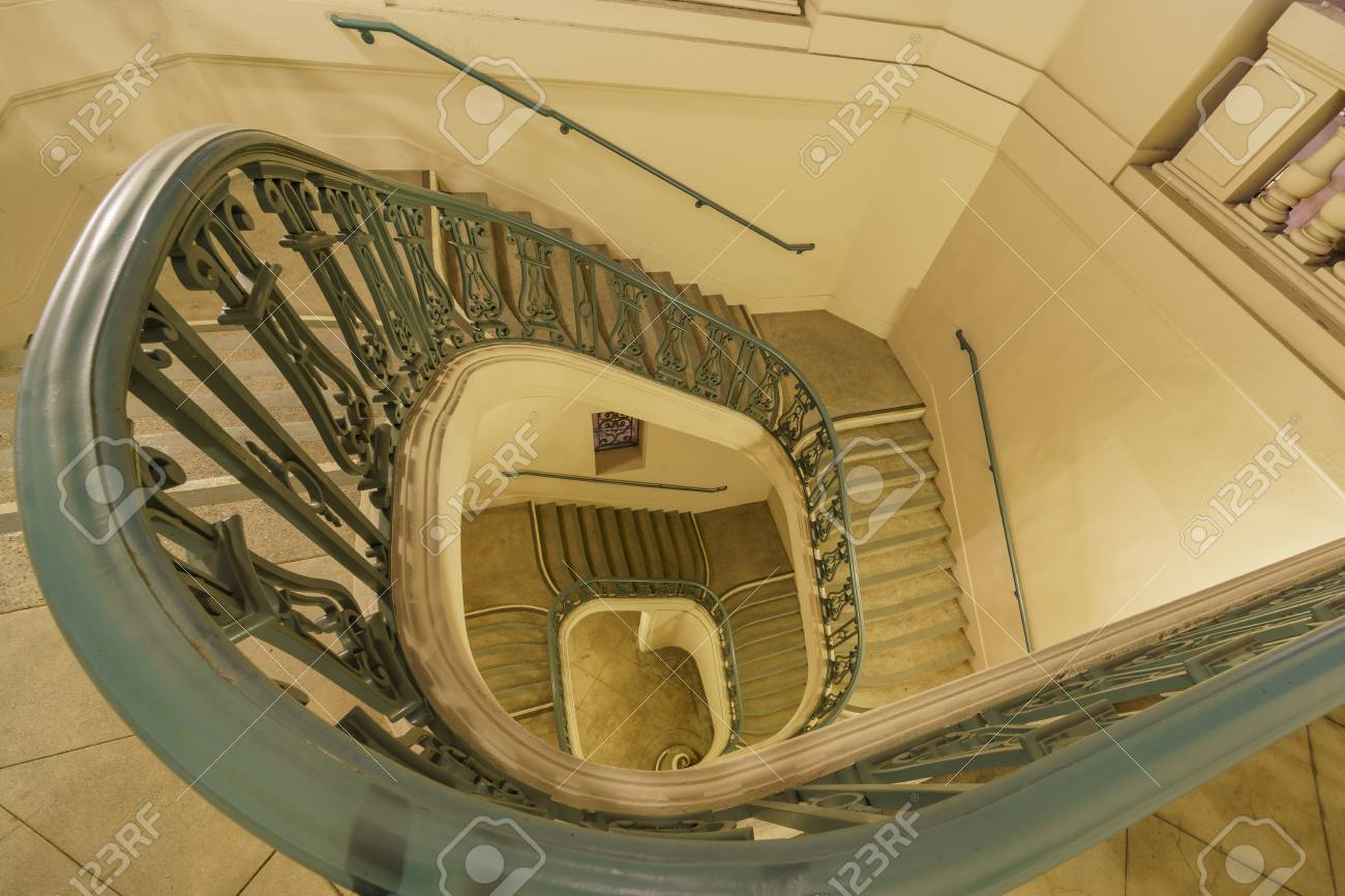 Stock Photo   The Beautiful Curve Stairs Of Pasadena City Hall At Los  Angeles County, California, United States
