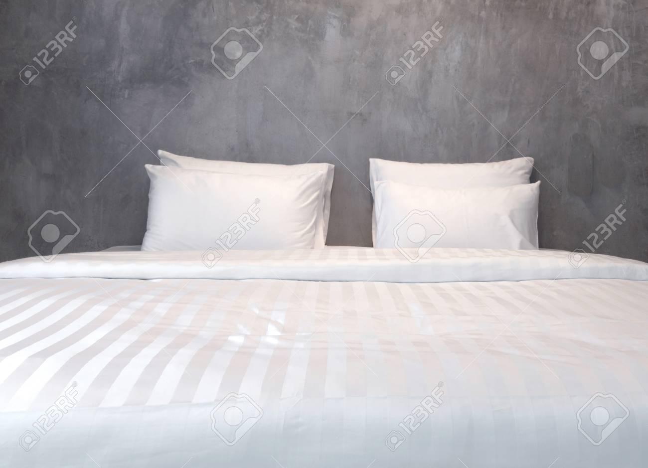 Design camera da letto moderna, letto matrimoniale.