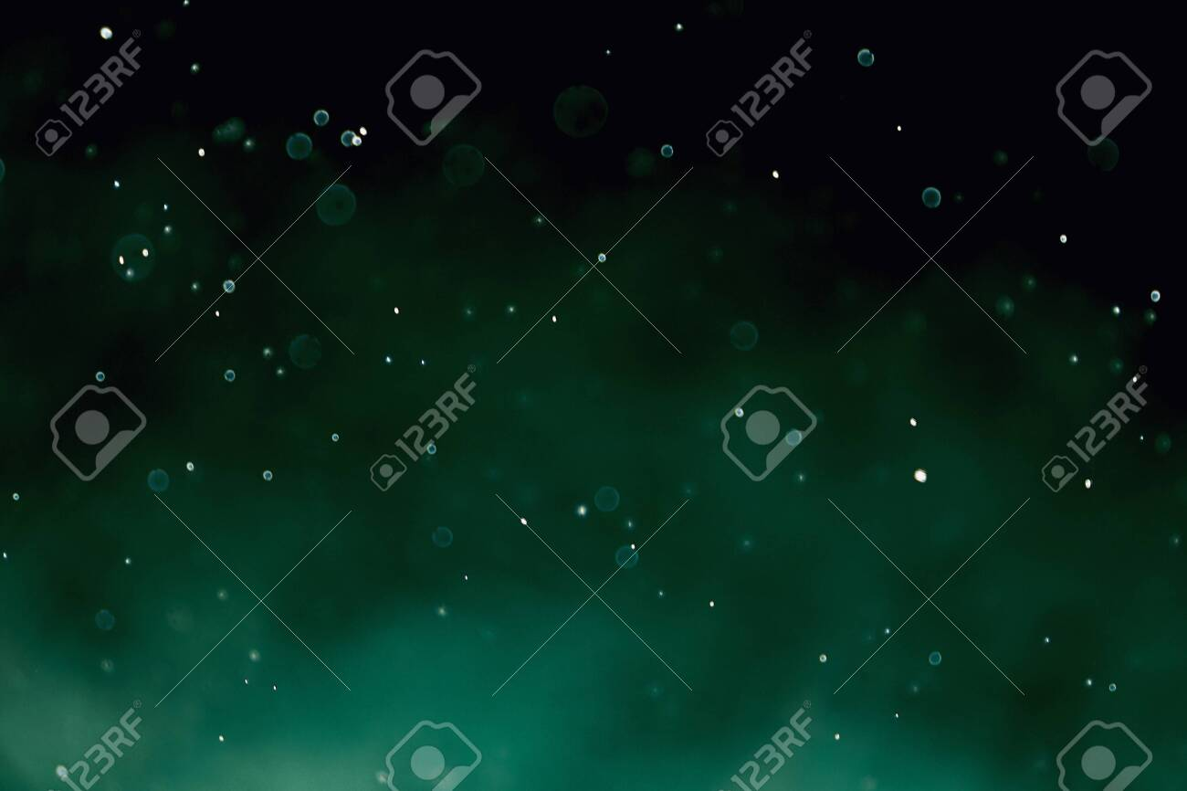 Bokeh images made from water and blurred in green tones - 152562093