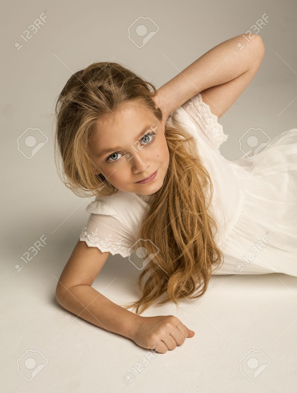 Girl model pre teen young