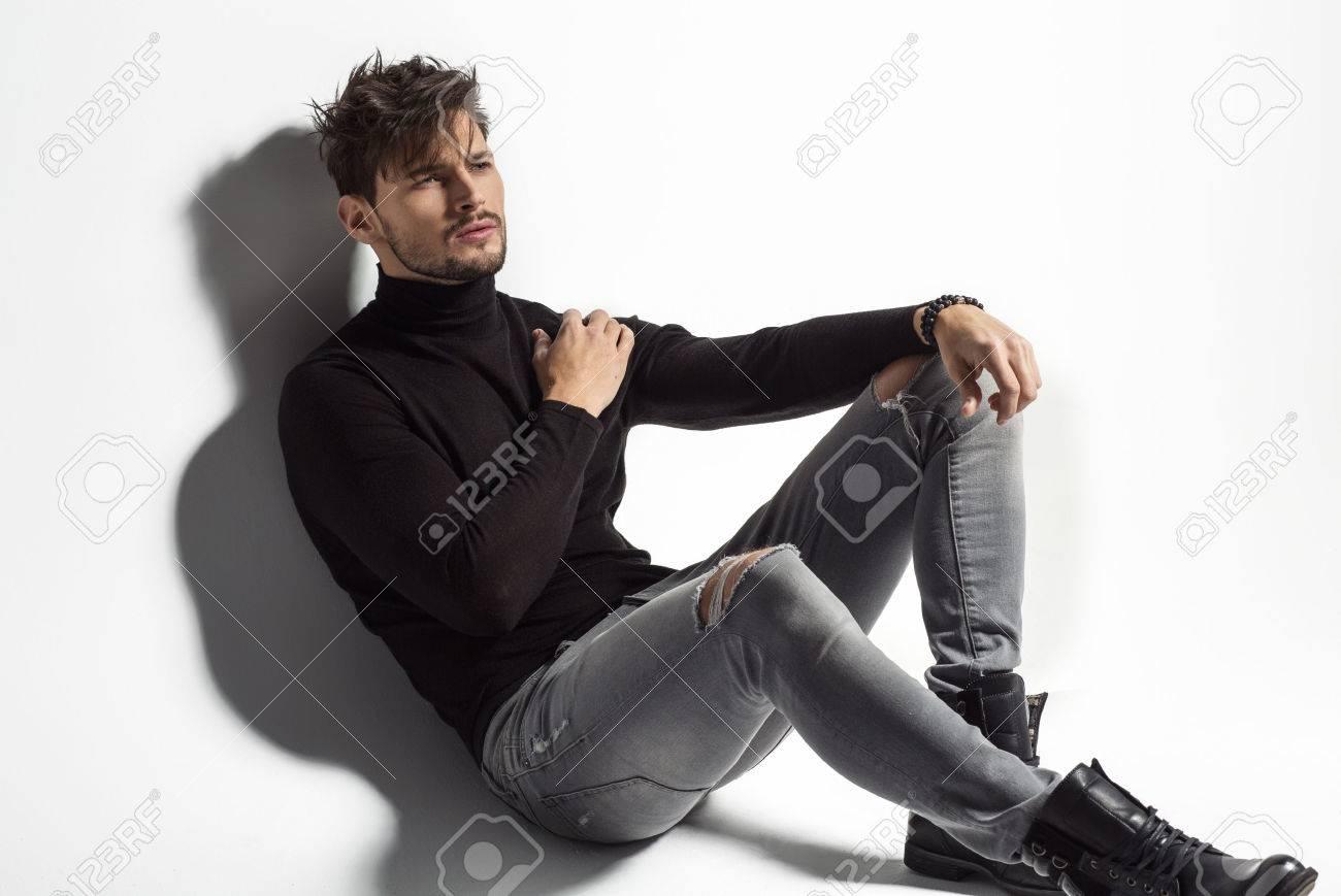 позы для портфолио модели мужчины фуфайка techwool 190