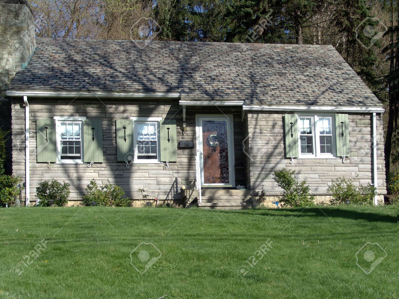small house - exterior Stock Photo - 400489