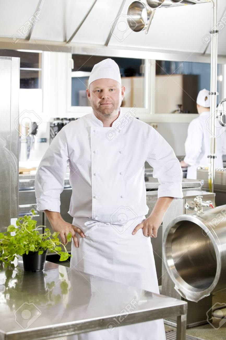 Famous A Chef In The Kitchen Adornment - Best Kitchen Ideas - i ...