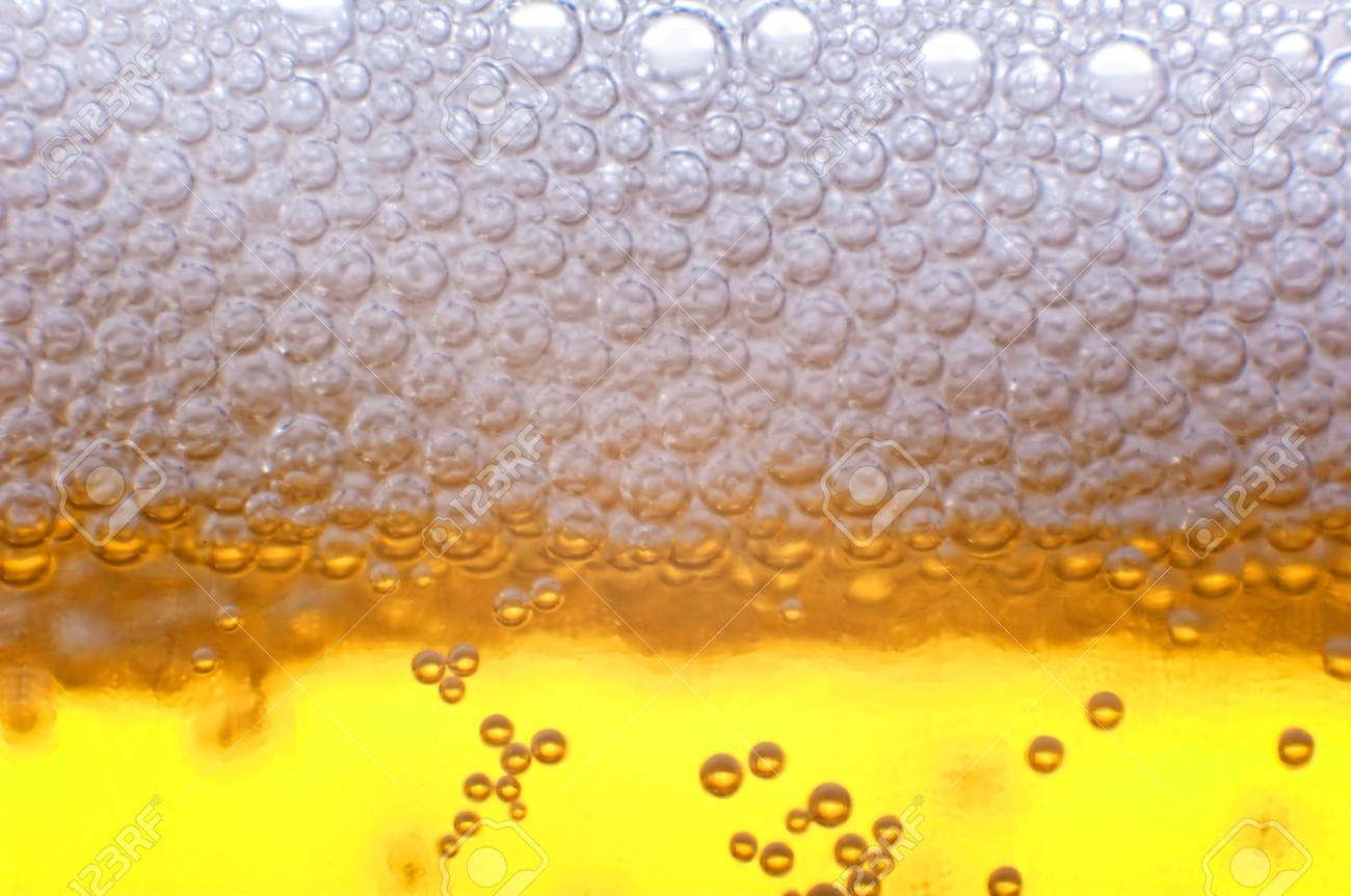 Beer bubbles in the high magnification and close-up. Stock Photo - 17352514