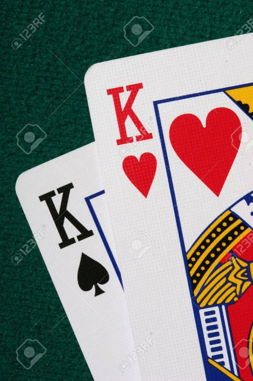 [Image: 474511-pocket-kings-macro-a-very-strong-...-poker.jpg]