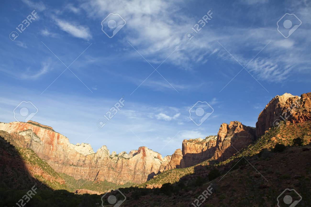 Early morning light and wispy clouds in Zion Canyon National Park. Stock Photo - 7785063