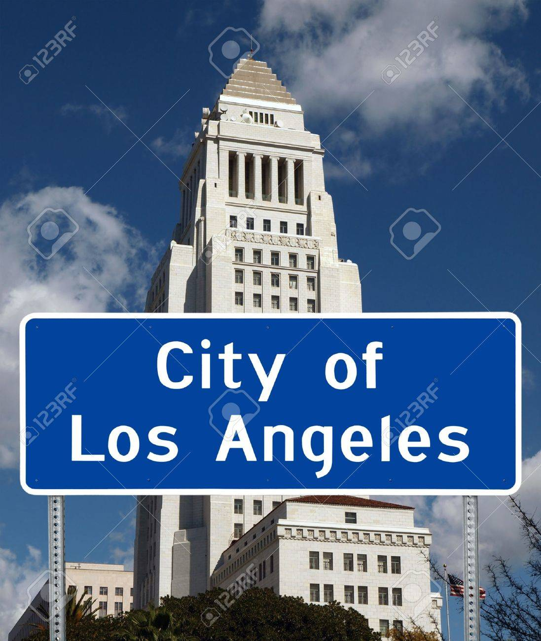Los Angeles iconic City Hall tower with city limit sign foreground. Stock Photo - 9889065