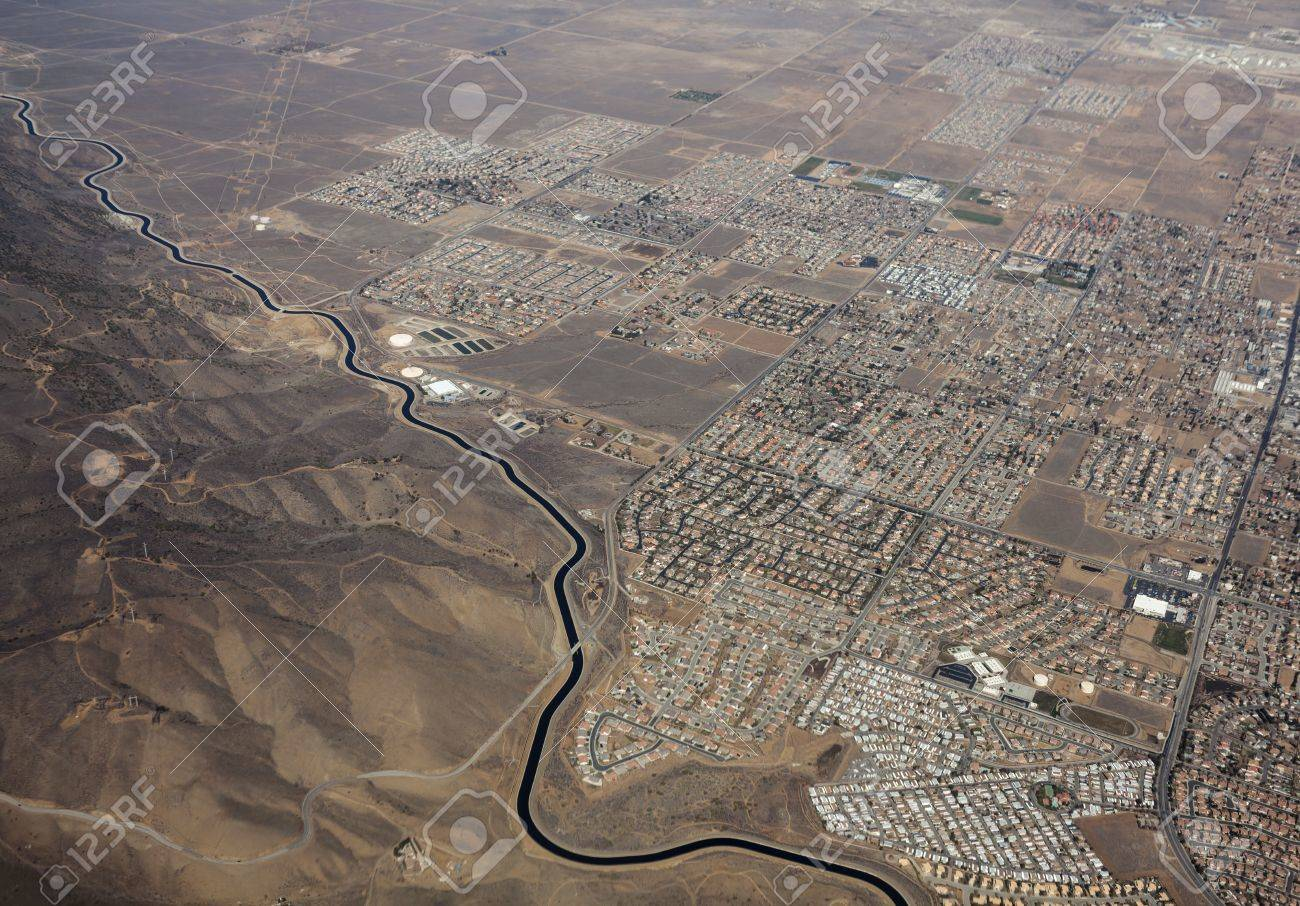 Aerial of the California aqueduct winding past Palmdale California Stock Photo - 18425789