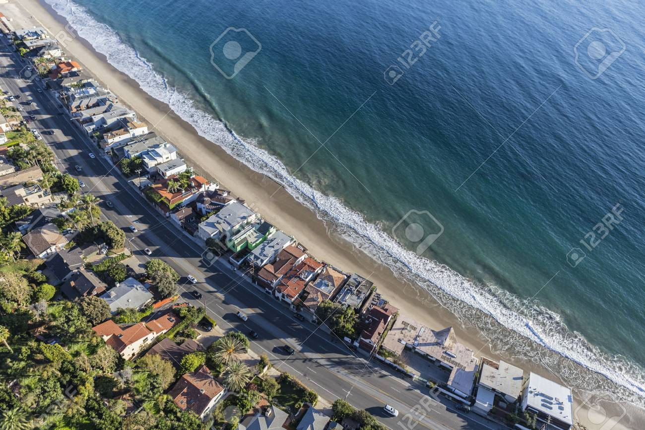 aerial of beach homes along pacific coast highway in malibu