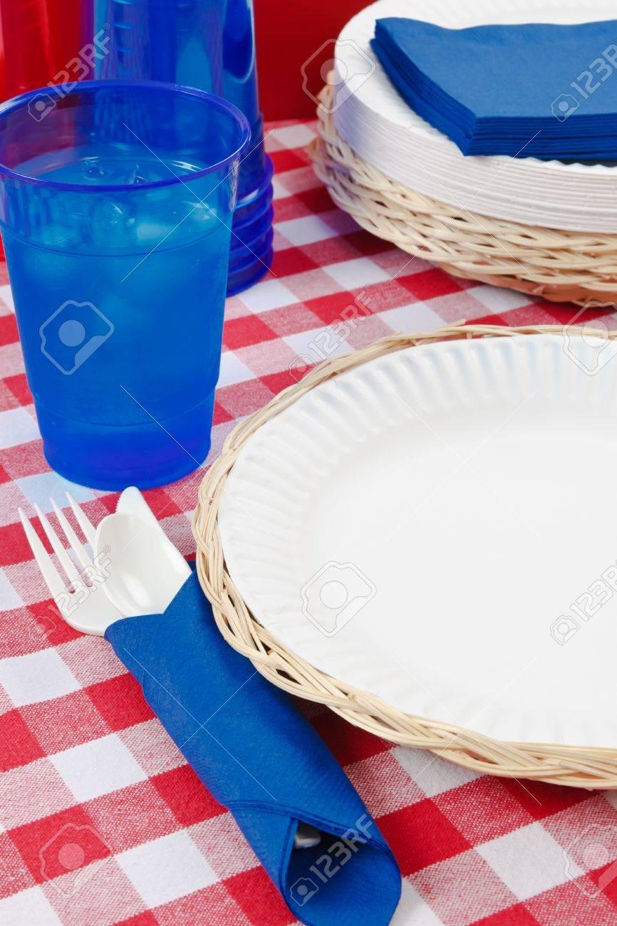 Gemütlich Metallrahmen Picknicktisch Bilder - Bilderrahmen Ideen ...