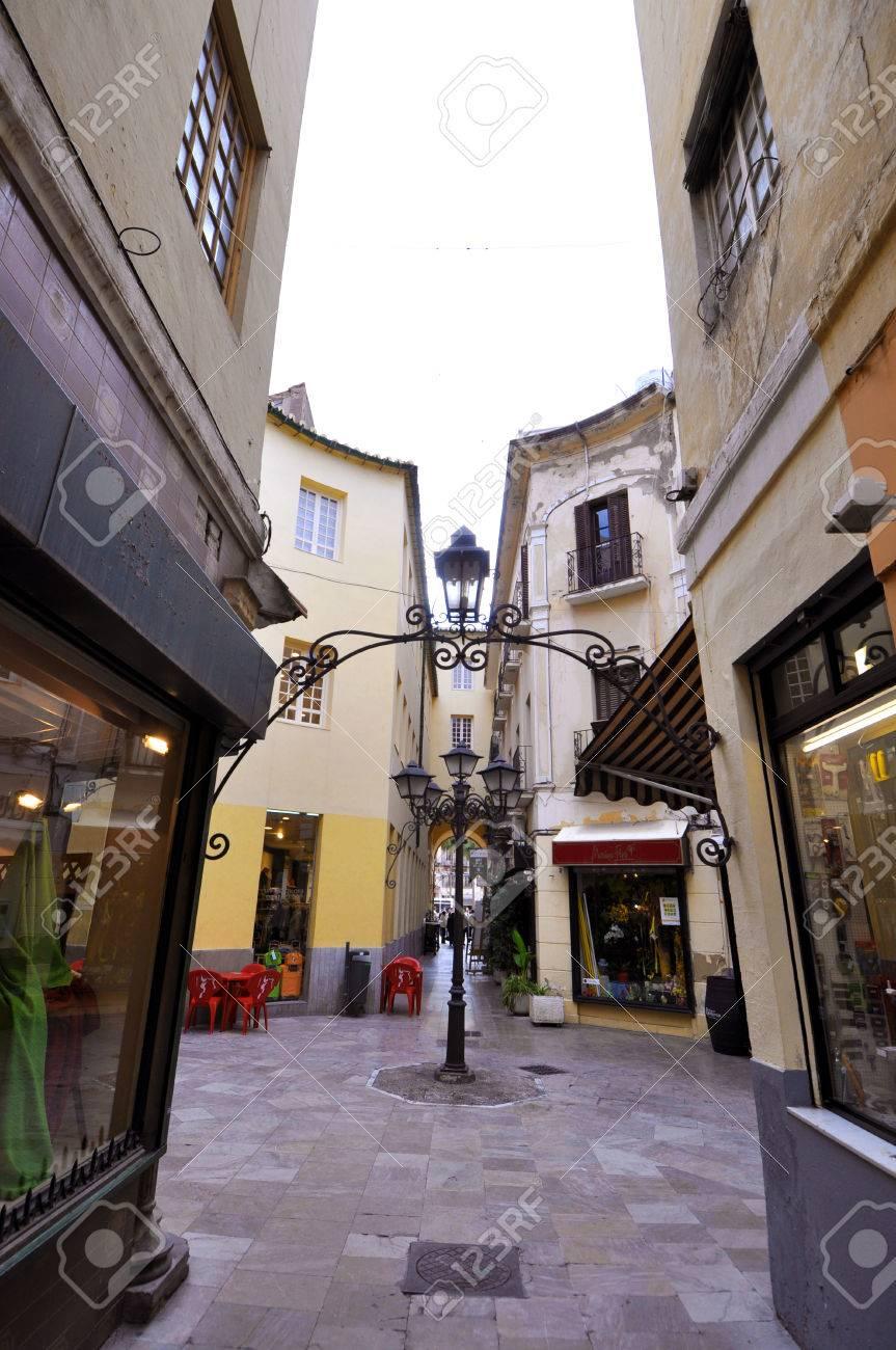 Stunning Le Terrazze La Spezia Negozi Contemporary - Amazing Design ...