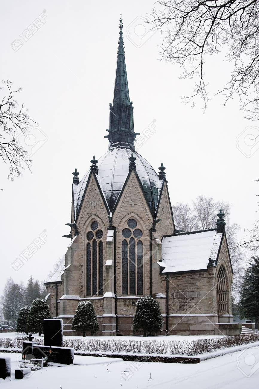 Juselius Mausoleum in Pori, Finland Stock Photo - 11999570