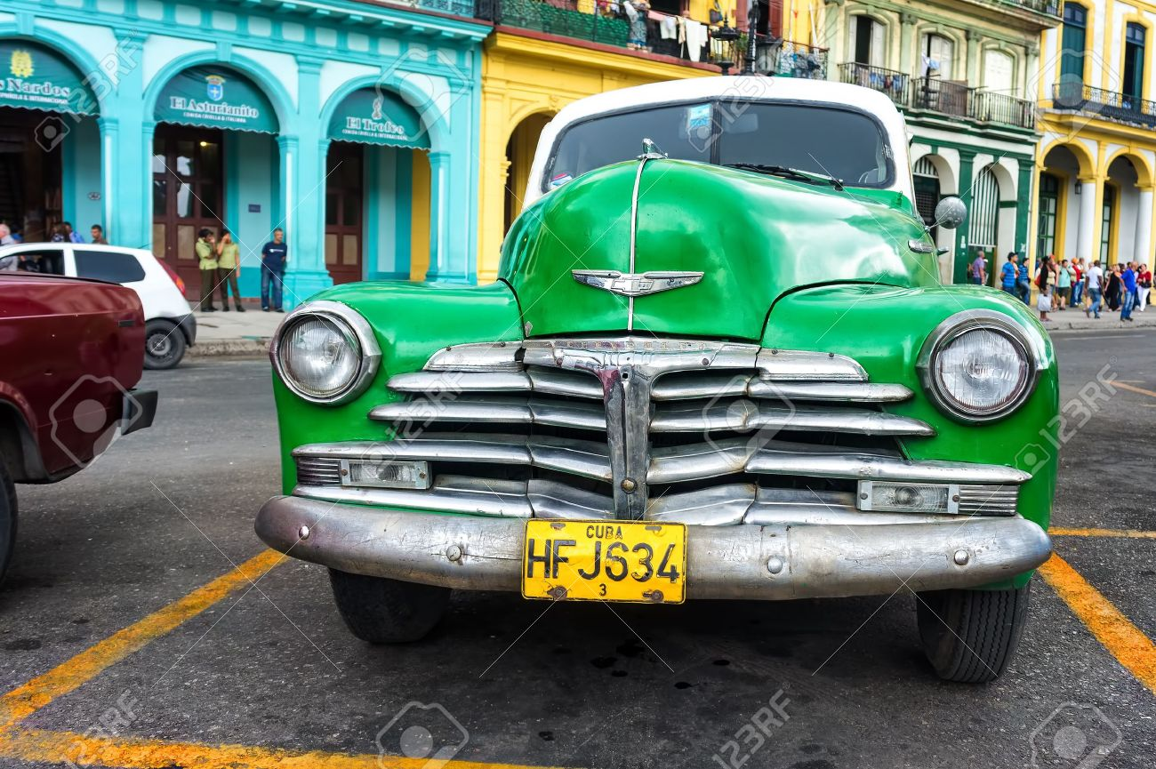 Old Classic Chevrolet In Havana Thousands Of These Vintage Cars ...