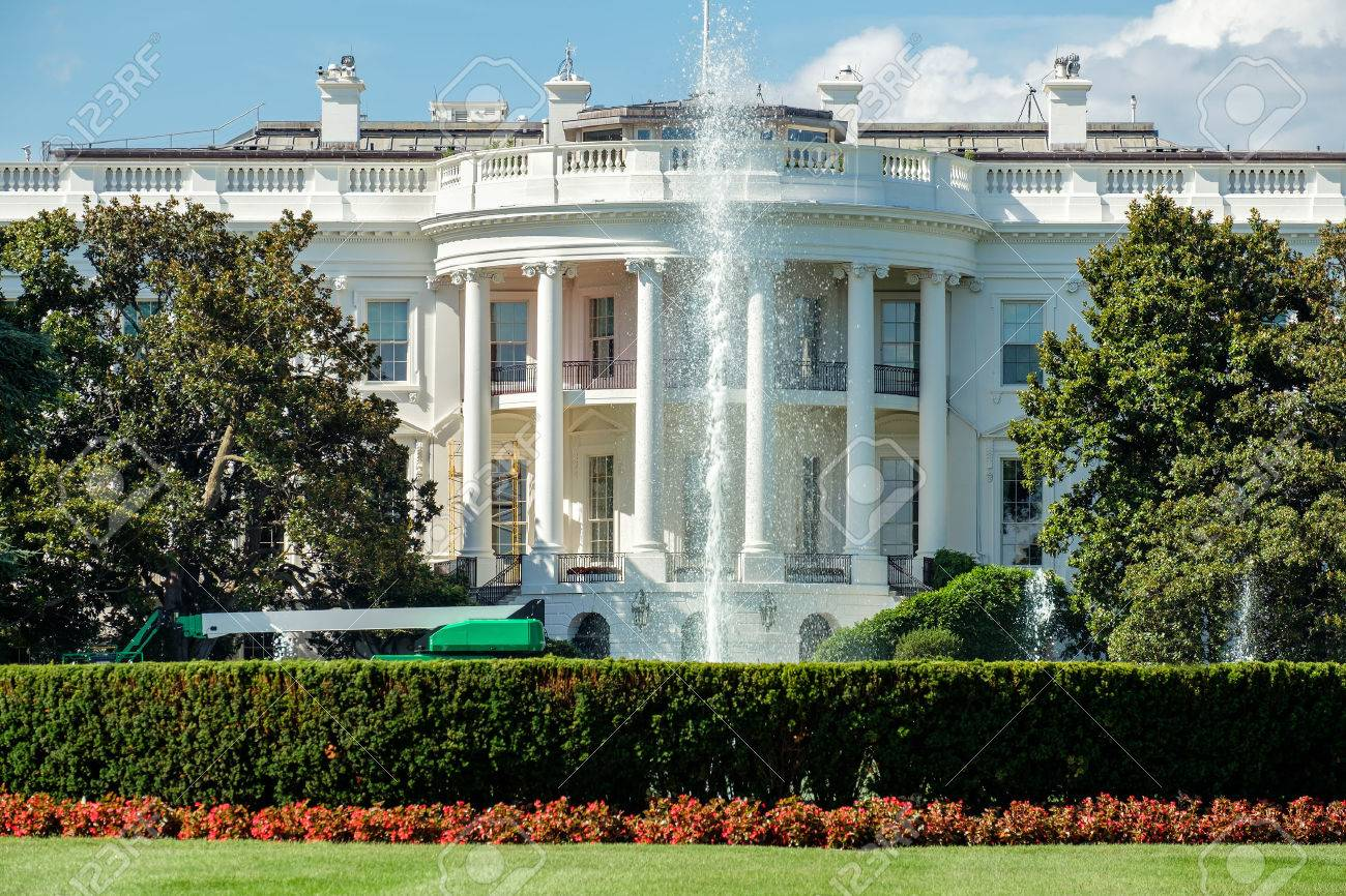 The White House, home of the US President, in Washington D.C. - 62647090