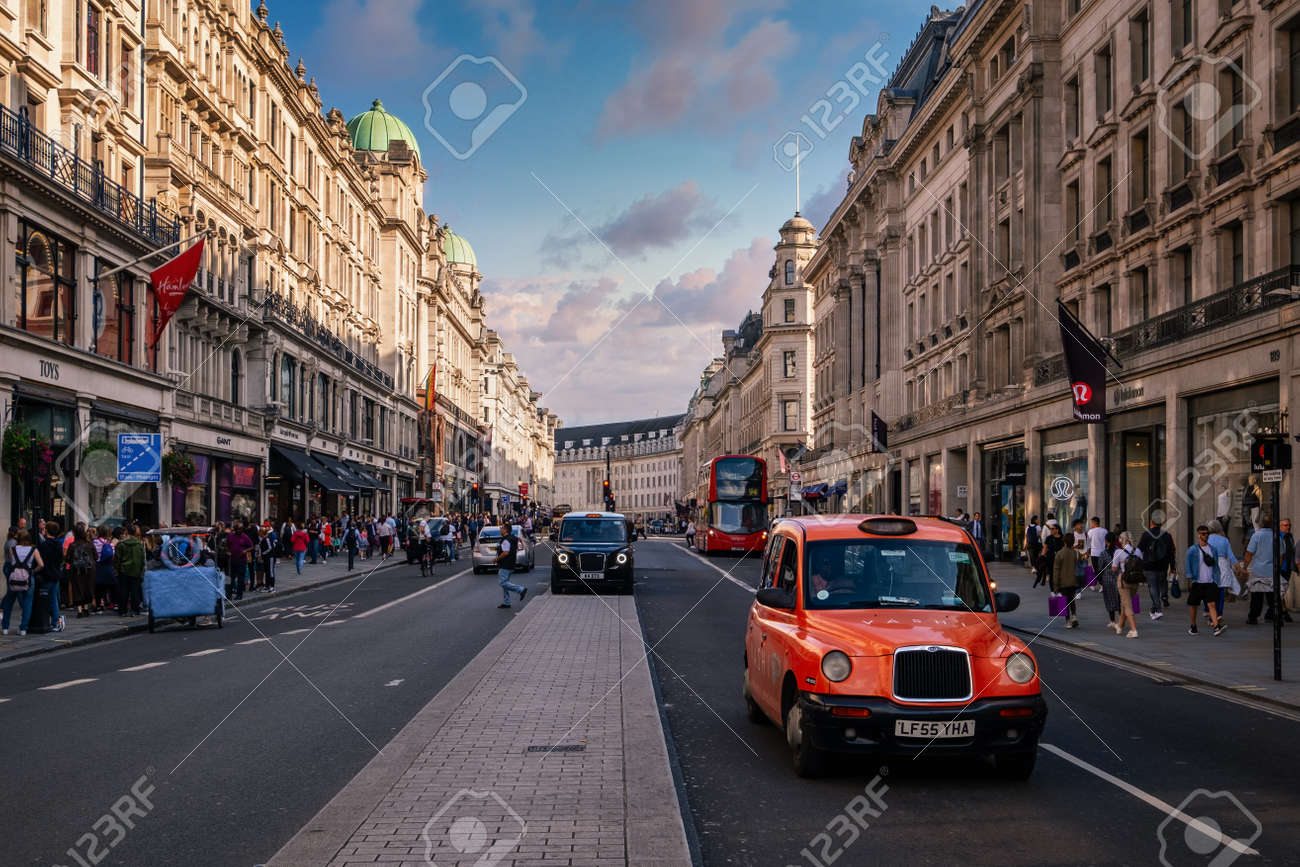 Regent Street in London at sunset, one of the world most prestigious shopping and lifestyle destinations - 152053438