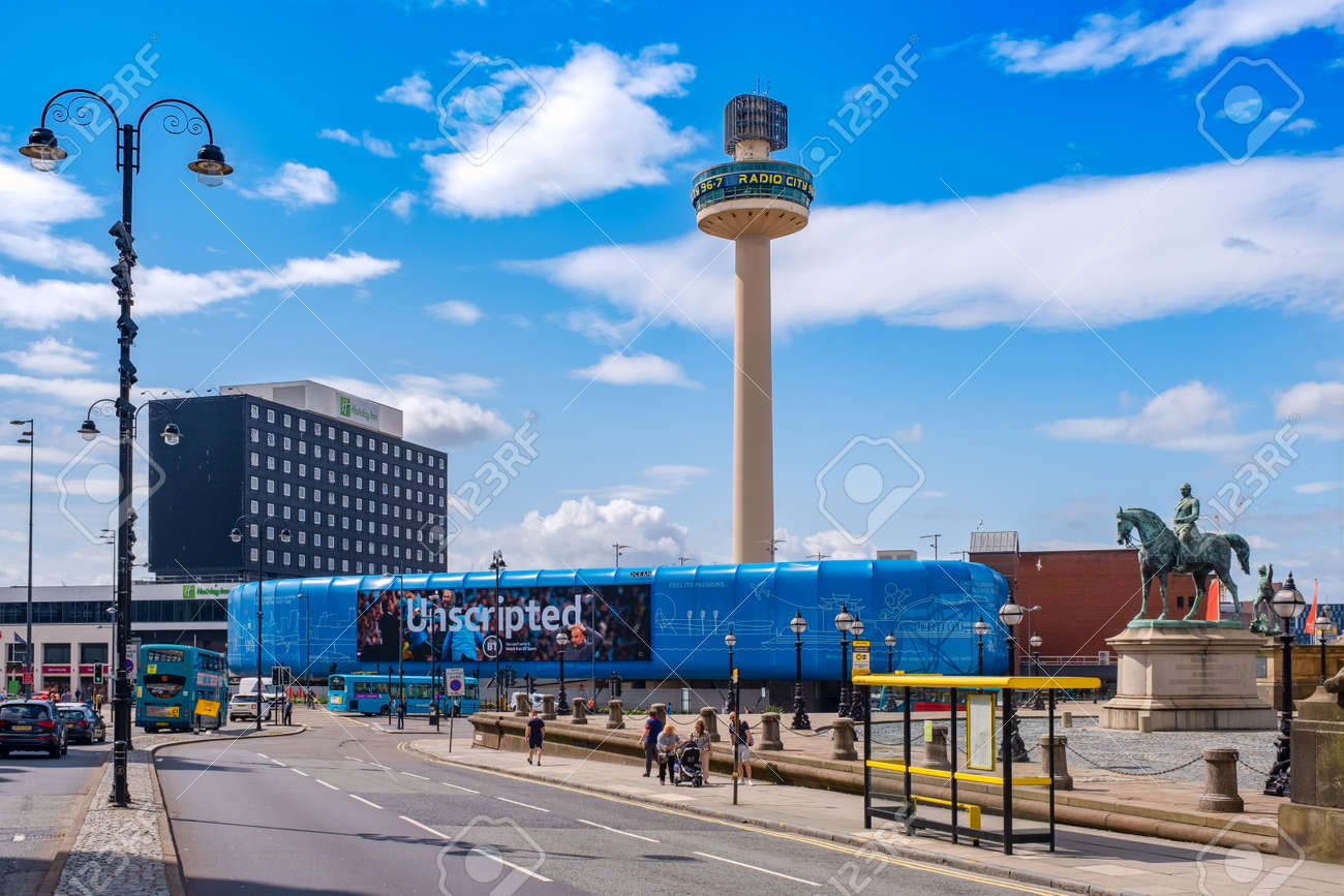 Urban scene at the Liverpool city center with a view of St Johns Beacon - 158962818