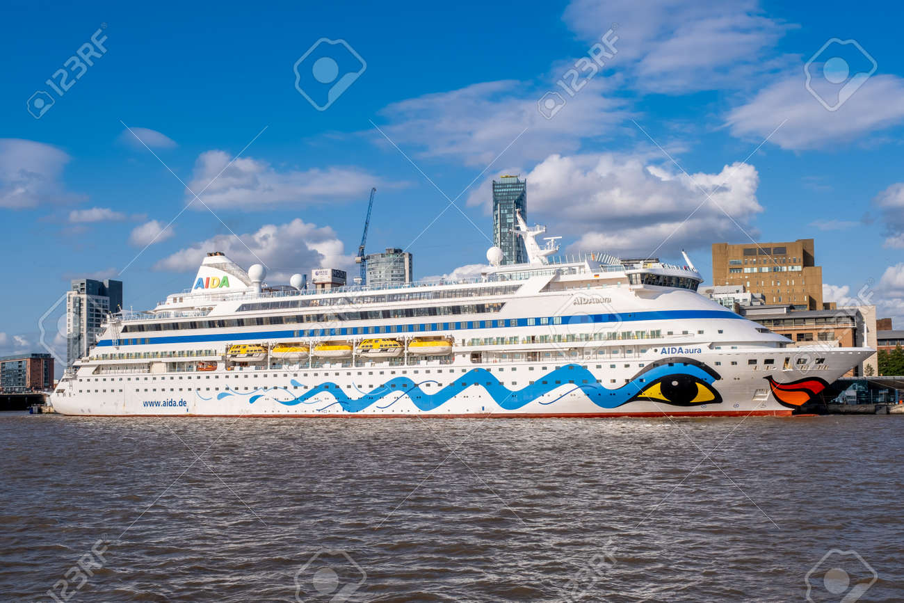 Ocean liner at the Liverpool Cruise Terminal on a beautiful summer day - 158962820