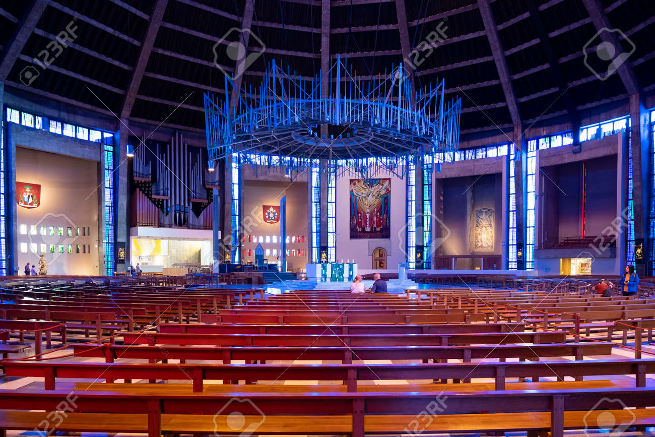 Interior of the Liverpool Metropolitan Cathedral, the largest catholic cathedral in England - 158962822
