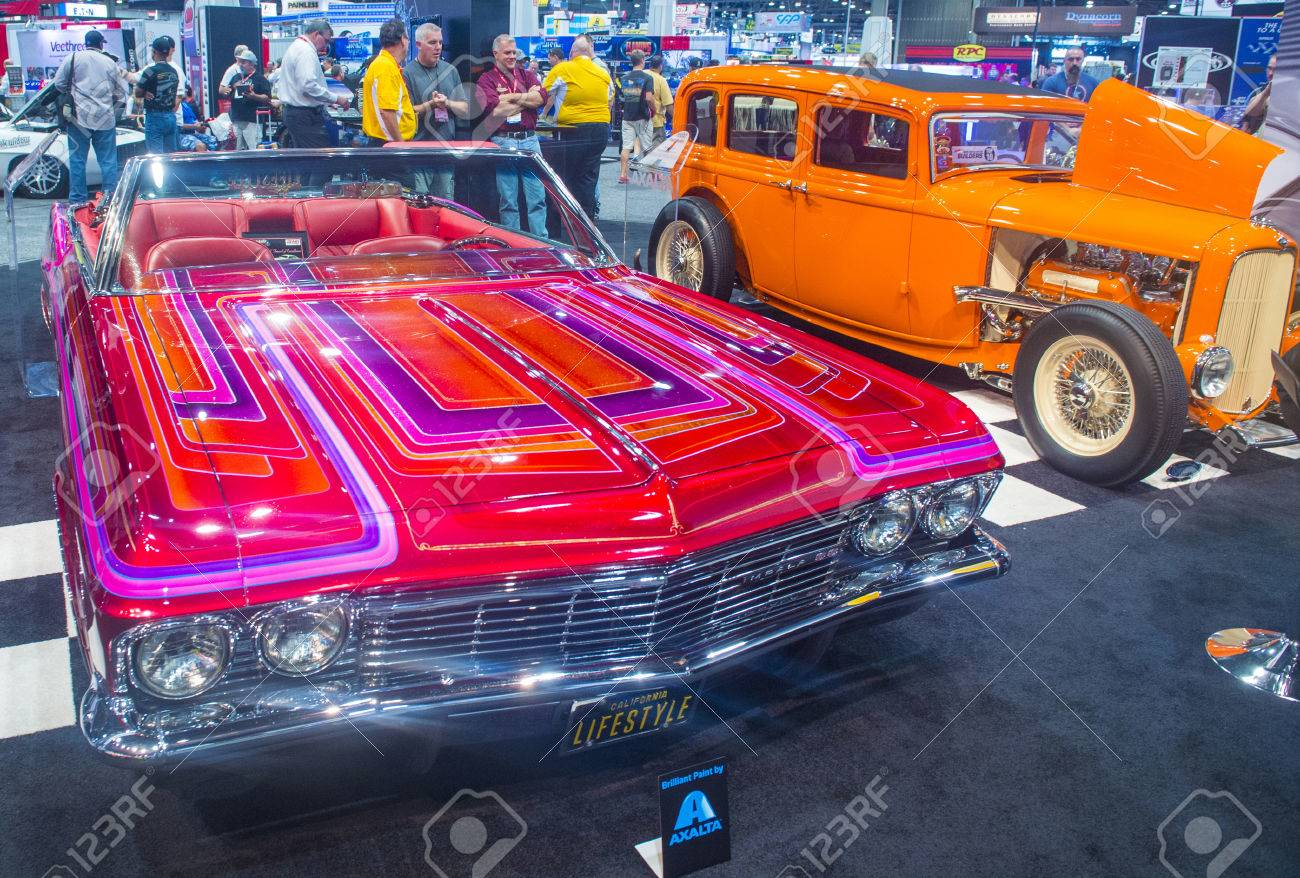 LAS VEGAS - NOV 07 : Old Classic Cars At The SEMA Show In Las ...