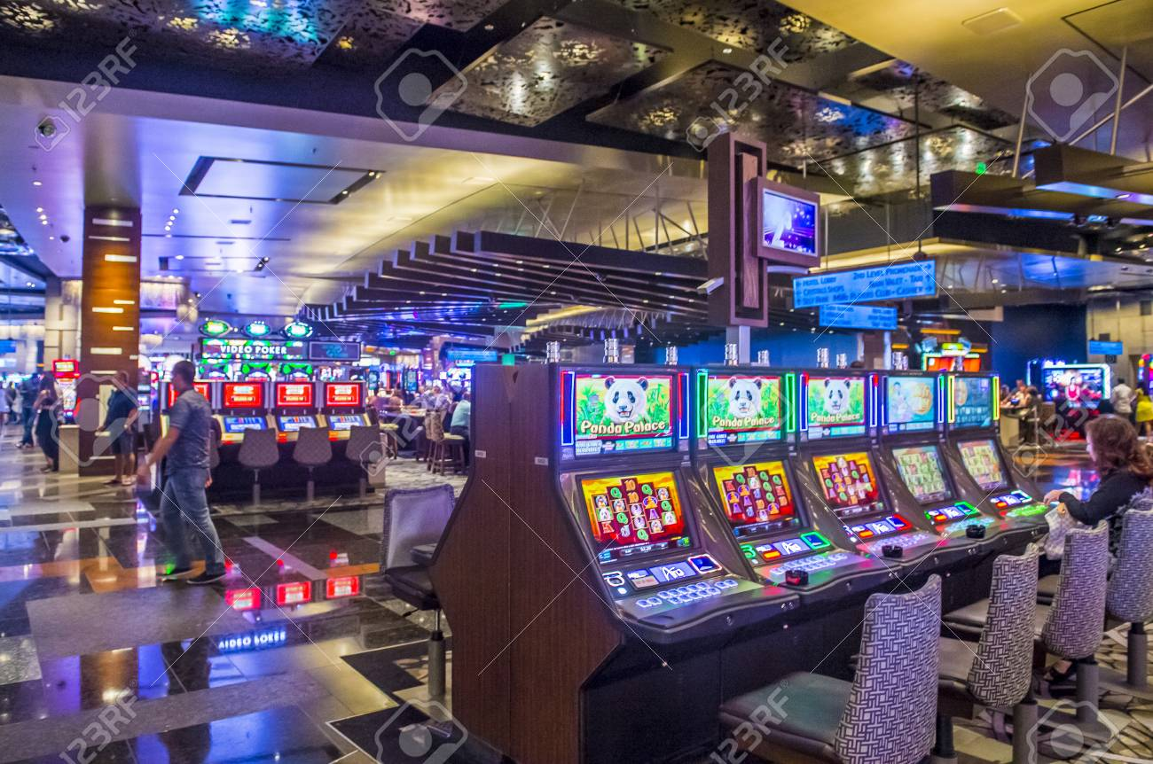 LAS VEGAS - SEP 03 : The Interior Of Aria Resort And Casino In.. Stock  Photo, Picture And Royalty Free Image. Image 46438029.