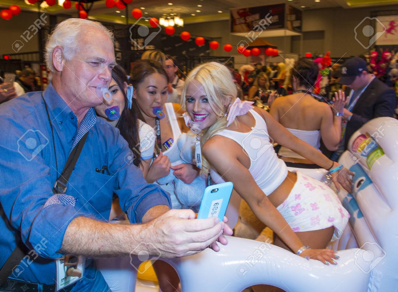 avn adult expo foto