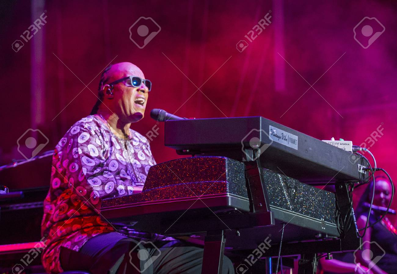 Musician Stevie Wonder performs onstage during day 1 of the 2015 Life Is Beautiful Festival on September 25, 2015 in Las Vegas, Nevada. - 61025905
