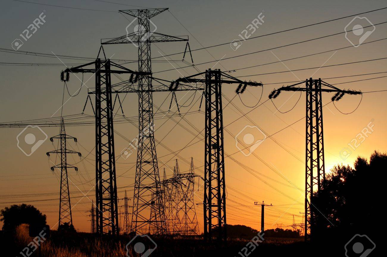 high voltage power electric line and transmission tower Stock Photo - 8152115
