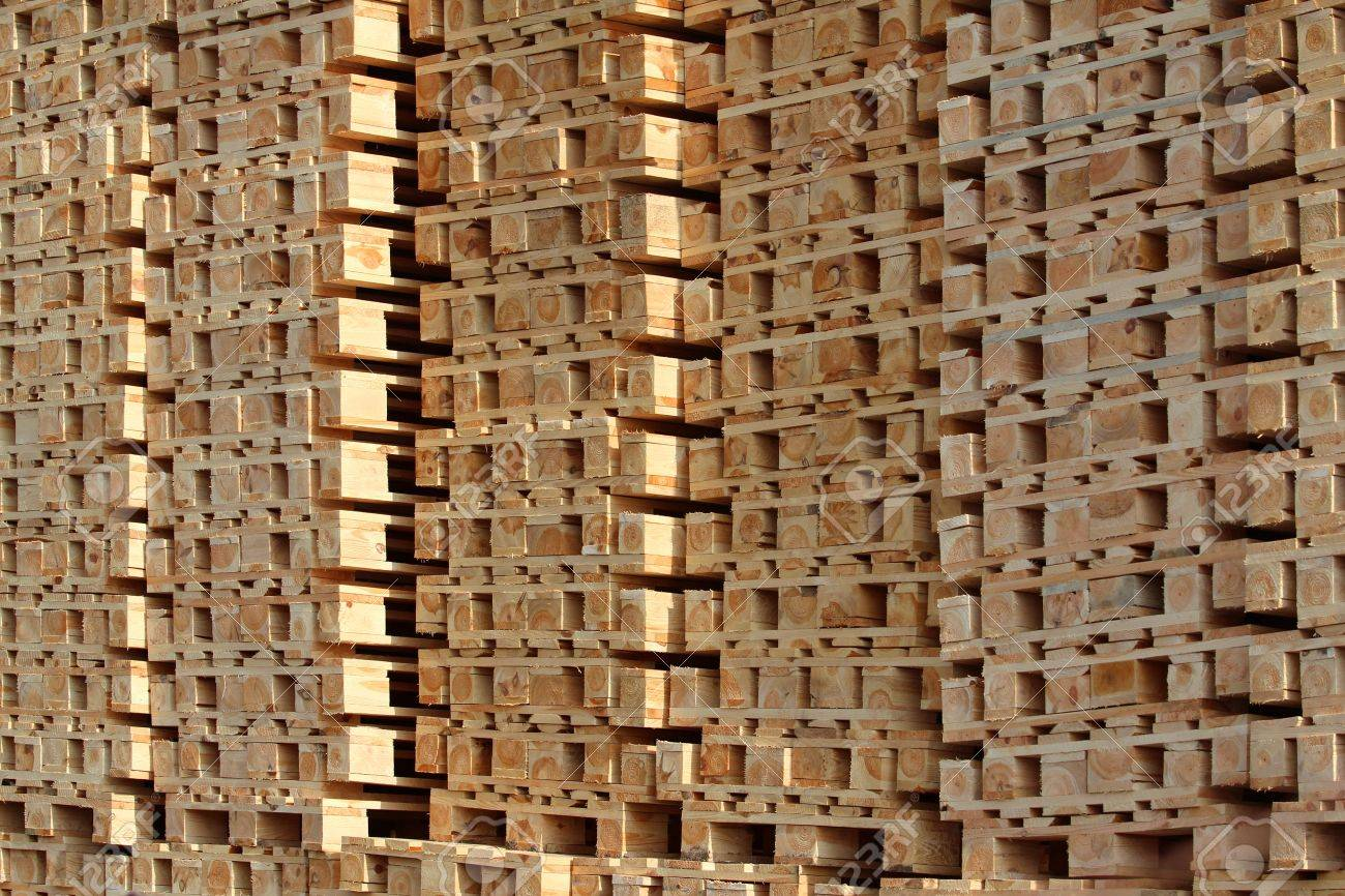 wooden pallet in pile under sun light Stock Photo - 14441712