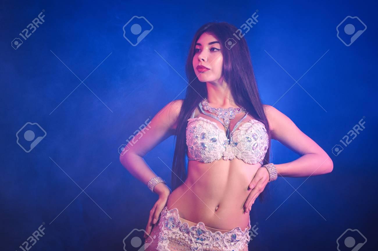 Lara dutta nude picture