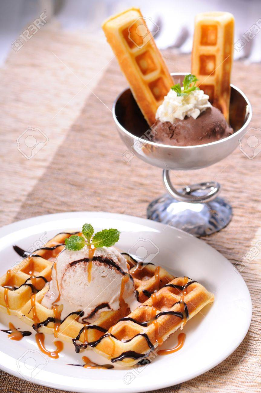 Gelato ice-cream served with square waffle Stock Photo - 10415774