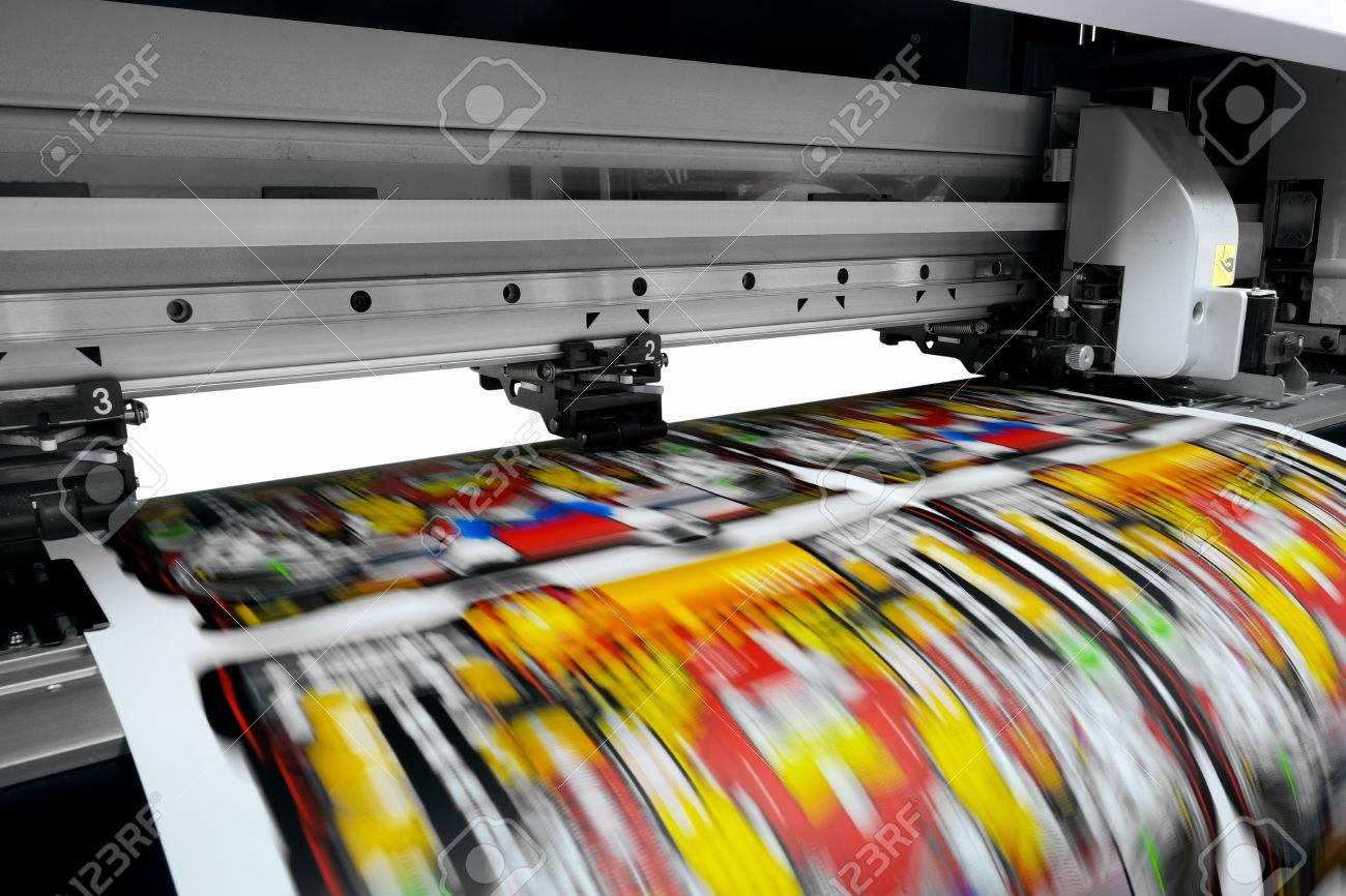 Large printer format inkjet working - 83986848