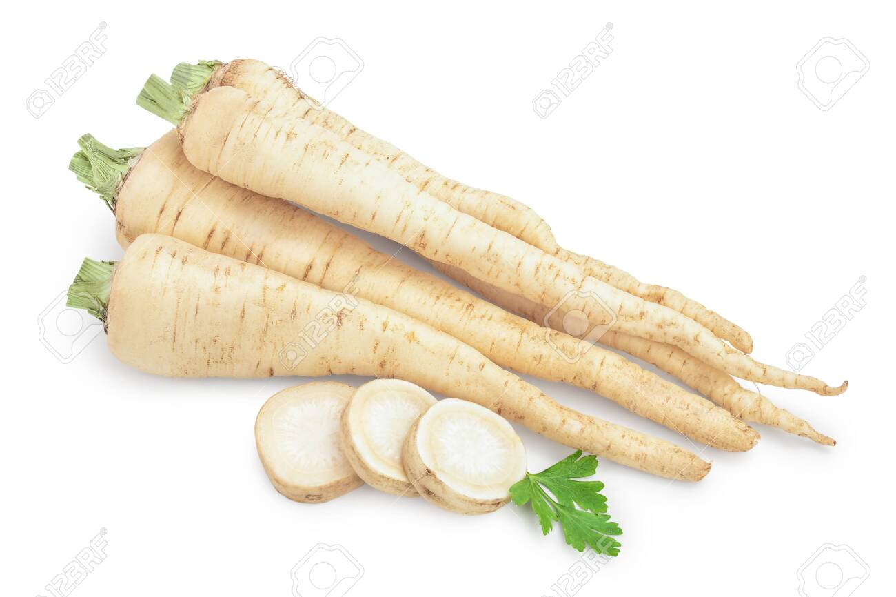 Parsley root with slices and leaves isolated on white background - 133849274