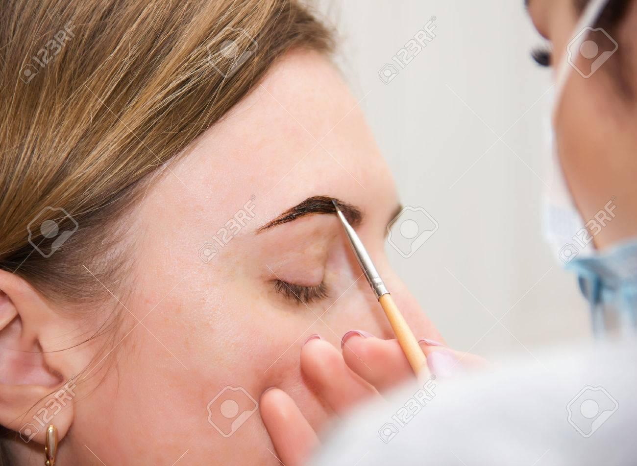 Correction Of Eyebrow Tweezers Eyebrow Henna Painting Beautiful