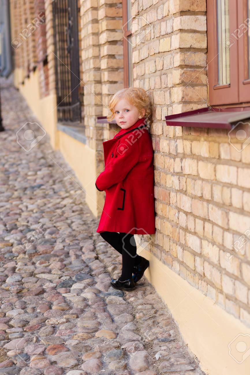 Roter mantel fruhjahr